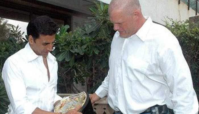 WWE wishes Akshay Kumar on 54th birthday, shares unseen photo of 'Khiladi' with Kane
