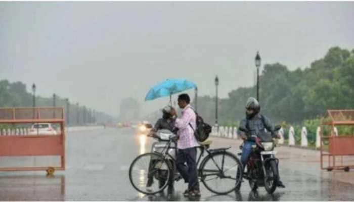 Heavy rain lashes parts of Delhi, Noida, Ghaziabad, IMD predicts more rainfall