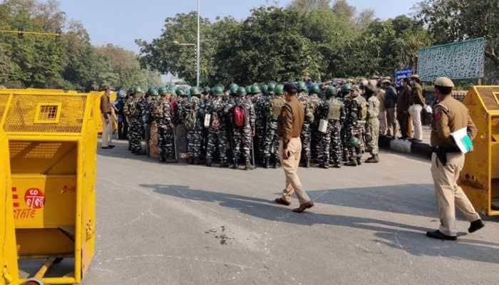 Pakistani terrorist arrested from Delhi's Laxmi Nagar; AK-47, hand grenade  recovered   India News   Zee News