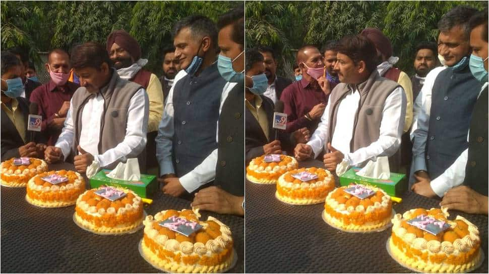 Manoj Tiwari, BJP celebrates Bihar win